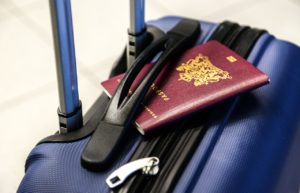 短期滞在ビザで入国して配偶者ビザを取得する